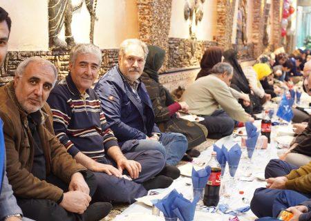 ضیافت جشن یلدا به میزبانی دوستداران اوتیسم