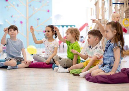 بازی درمانی برای بهبود رفتارهای اجتماعی کودکان اوتیسم